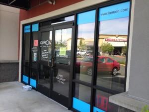 Vinyl lettering graphics on storefront windows