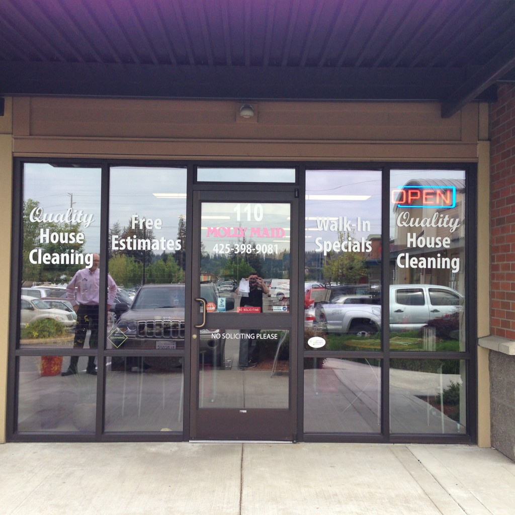 Vinyl window lettering for Molly Maid of Mill Creek