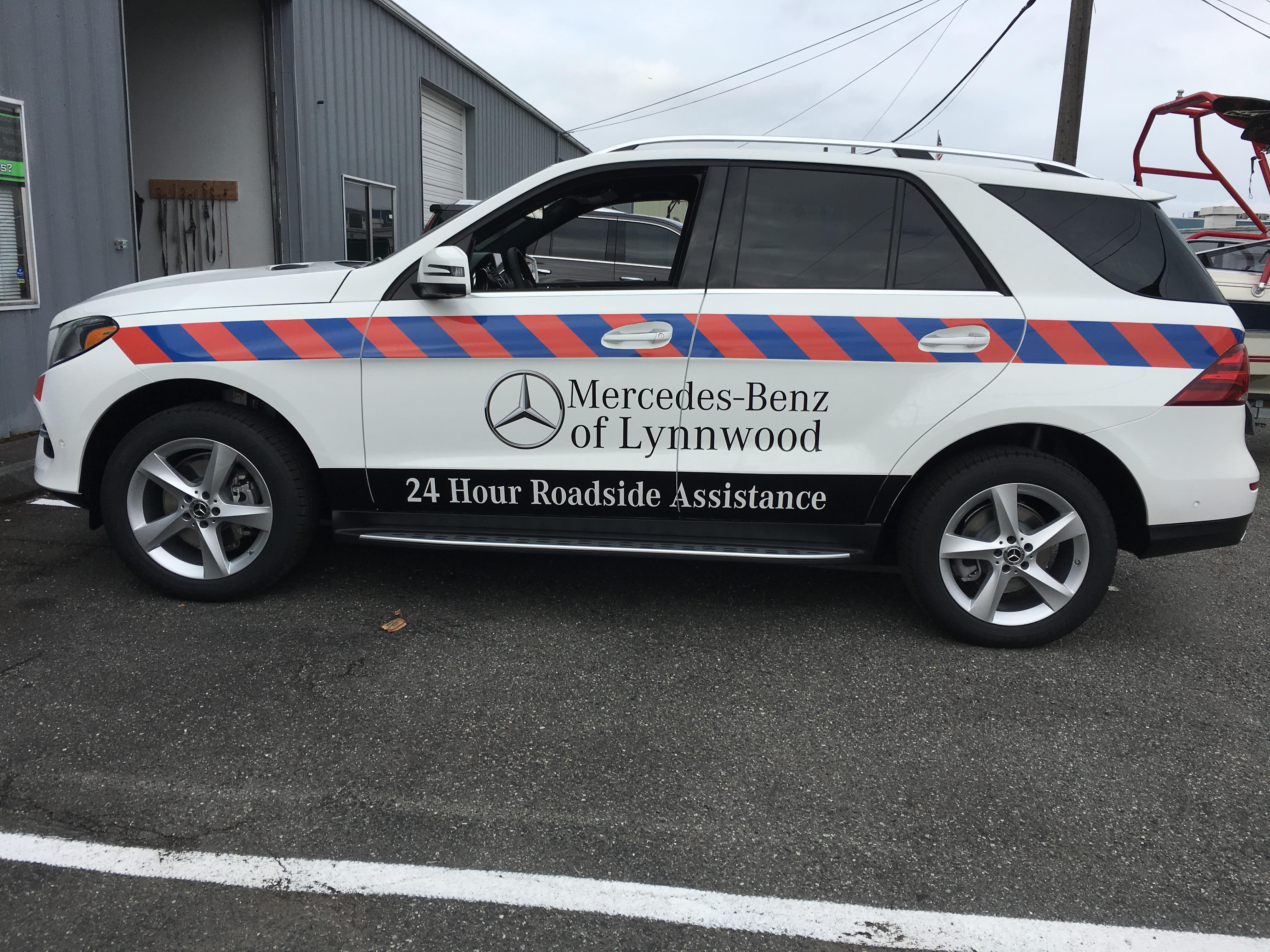 Reflective graphics for Mercedes-Benz of Lynnwood